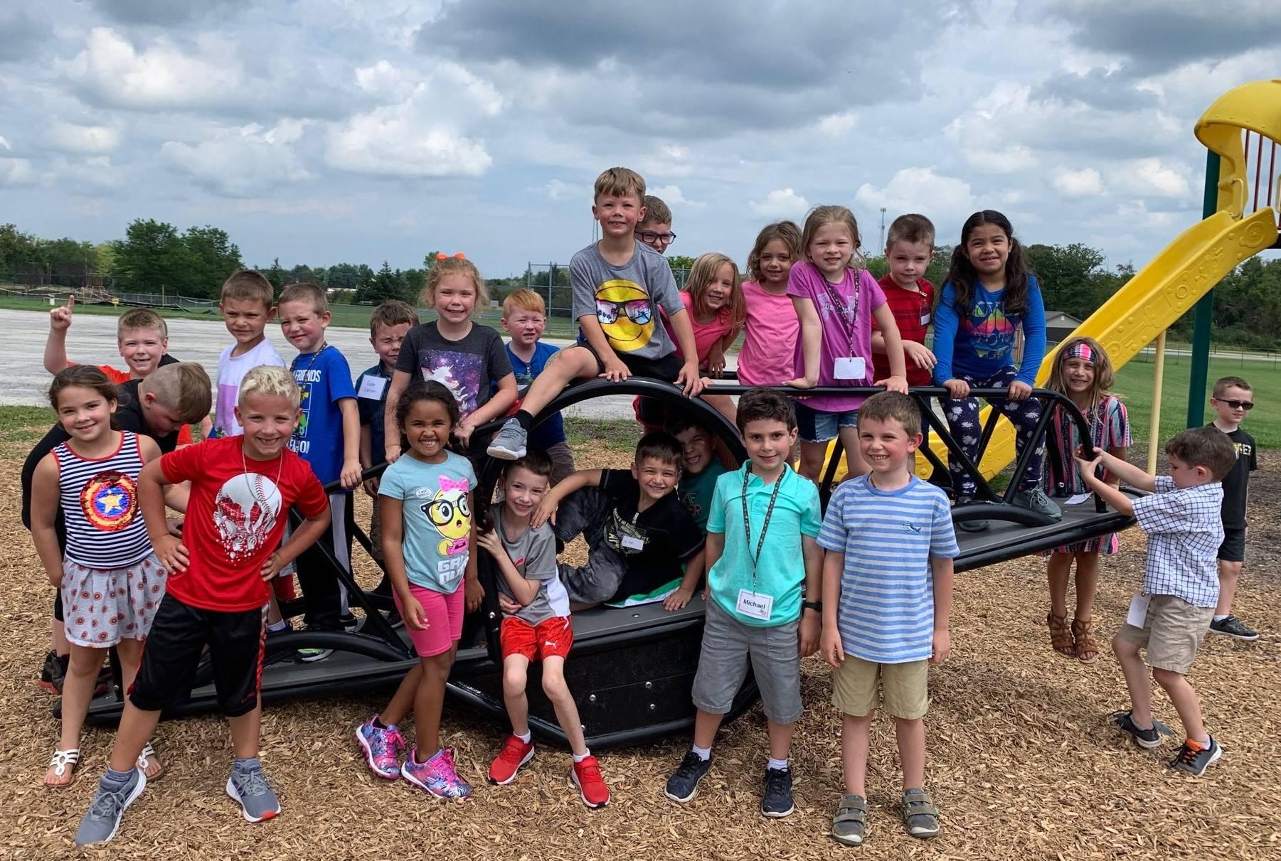 Munson Elementary students at Recess - Fall 2019