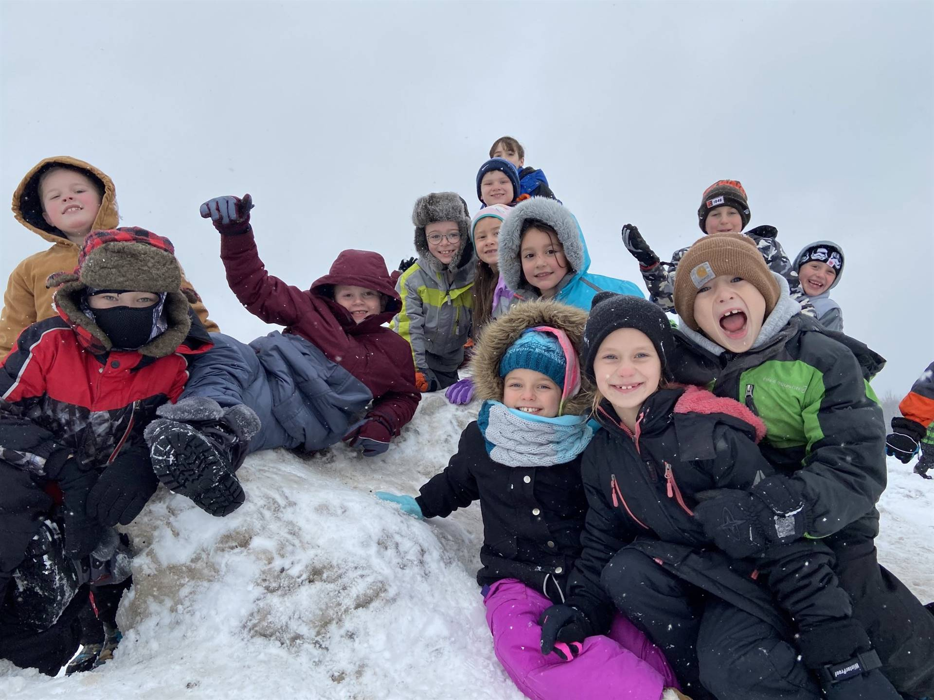 Munson Elementary Students at Recess - Jan. 2020